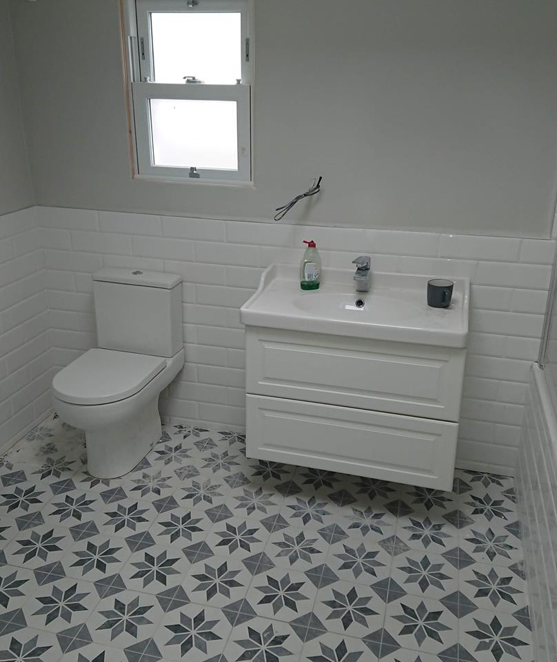 Bathroom Ten by Painters & Decorators online